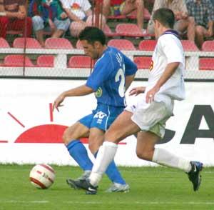 Golul lui Bundea  (in albastru) din prima repriza nu a fost suficient pentru victorie