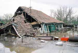 Inundatiile catastrofale din ultima perioada au stirnit si un scandal de proportii
