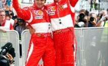 Michael Schumacher (dreapta) si Felipe Massa au facut legea in Germania