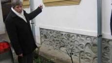 Ovidiu Caragea indica locul unde a luat foc sticla incendiara