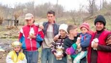 Familia Tudose duce o viata modesta, dar cinstita si fericita