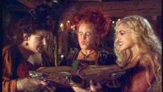 Trei vrajitoare sunt in mod accidental aduse la viata de un baiat care incearca sa impresioneze o fata