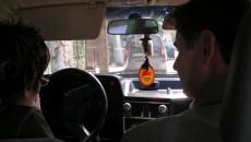 O zi obişnuită pentru un instructor, o nouă lecţie pentru viitorul participant la trafic
