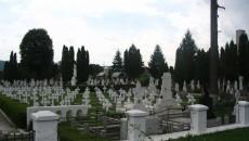 Terenul pentru extinderea cimitirului Cetăţuia va costa mult