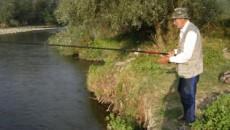 Sebastian Rasoveanu pescuieşte de opt decenii