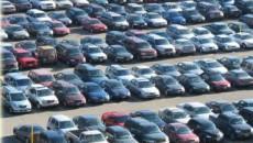 Românii preferă maşinile străine