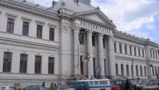 Corpul din faţă al Universităţii din Craiova, monument istoric, a fost consolidat fără avizul Ministerului Culturii