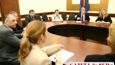 Reprezentanţii Ford vor să se pună bine cu legile româneşti