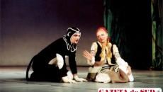"""Eva Ştefănescu, în rolul Ilenuţei din """"Drumu-i lung, povestea scurtă"""""""