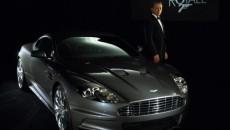 """În filmul """"Casino Royale"""", Bond conduce un Aston Martin DBS"""