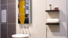 Accesoriile pentru baie, pot da farmec şi culoare oricărui ambient
