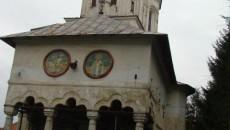 În biserica veche de sute de ani încă se oficiază slujbe