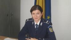 Agentul de poliţie Loredana Sandu, purtătoarea de cuvânt a IPJ Vâlcea