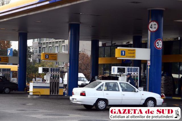 Benzinăriile, obligate să comercializeze numai carburanţi Euro 5