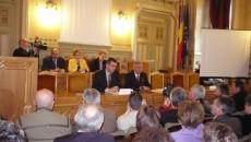 Prefectul le-a propus primarilor trei variante de salubrizare