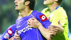Gilardino (stânga) a marcat golul italienilor la Amsterdam