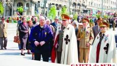 """Ieri a fost sărbătorită, în Piaţa """"Mihai Viteazul"""", Ziua Naţională a Veteranilor de Război"""