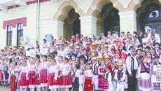 Copii din 14 judeţe au participat la cea de-a XXXIII-a ediţie a Festivalului Naţional de Folclor şi Meşteşuguri Tradiţionale