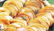 Garnitură de mere şi pere coapte