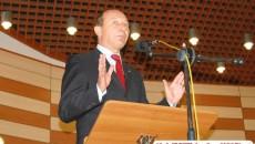 Traian Băsescu acuză cotidianul Gardianul şi pe Dinu Patriciu că au prezentat un film trucat