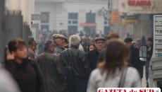 Cei mai mulţi locuitori ai oraşelor şi-au redus consumul