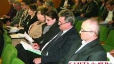 Directori ai unităţilor de învăţământ, dascăli, reprezentanţi ai administraţiei locale au dezbătut Legea Educaţiei