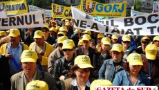 Sindicaliştii protestează faţă de măsurile de austeritate decise de guvern