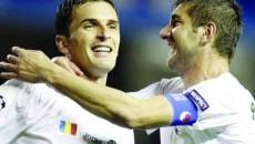 Bilaşco (stânga) şi Galamaz au făcut un meci bun cu Zenit