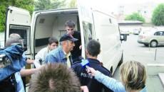Secretarul Primăriei Argetoaia, Ion Bucur, a fost prins în flagrant de luare de mită