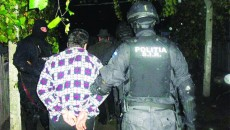 Jane Bîrsanu a fost luat de acasă şi dus în arest de poliţişti