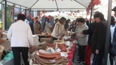 Zeci de craioveni au vizitat Târgul de produse tradiţionale româneşti