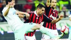 Ştefan Radu (la minge) este în plină ascensiune la Lazio
