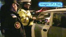 Poliţiştii au aplicat aproape 200 de amenzi în urma raziei făcute sâmbătă noaptea