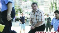 Şapte ani le-au trebuit magistraţilor să-l condamne pe Genică Boerică la 12 ani de închisoare. Nici după atât amar de vreme, sentinţa nu este definitivă, deci procesul continuă. Boerică şi acoliţii lui au scăpat de o bună parte din capetele de acuzare, de