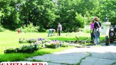 Studenţii îşi pun în practică propriile proiecte cu privire la noul aspect al Grădinii Botanice