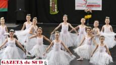 Succesul micuţelor balerine înseamnă multă muncă şi dăruire