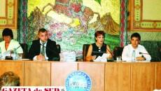 Primarul Lia Olguţa Vasilescu le-a explicat consilierilor că vrea să mute Zilele Craiovei mai în vară