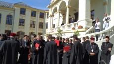 Înalte feţe bisericeşti au participat, în urmă cu o săptămână, la sfinţirea Casei Bengescu, proiect care a înghiţit peste trei milioane de euro