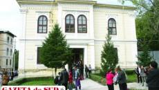 Prima Şcoală de Fete din Ţara Românească a intrat în posesia Mitropoliei Olteniei