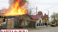Casa a fost distrusă în urma unui incendiu izbucnit din cauza unui scurtcircuit