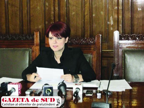 Olguţa Vasilescu vede Faţa Luncii cu ochi diferiţi de când este primar. Pentru Parcul Tineretului nu a fost bună, pentru spital, da.