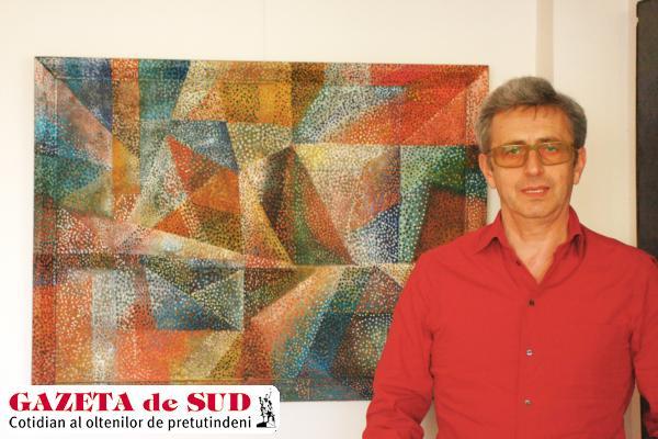 Cătălin Davidescu şi una din lucrările pictorului Arthur Segal