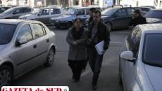 Elena Stanciu a fost dusă astăzi, în jurul orei 13:00, la Judecătoria Craiova, cu propunere de arestare preventivă pentru comiterea infracţiunilor de delapidare şi fals în înscrisuri sub semnătură privată
