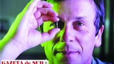 Kevin Warwick, un cercetător care şi-a pus corpul la dispoziţia ştiinţei