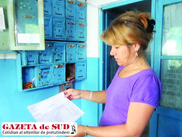 Cristiana Matei, proprietar în blocul 120, scara 2, nu înţelege de ce să rămână fără apă caldă dacă nu are restanţe la asociaţie
