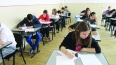 2.200 de elevi din judeţul Dolj susţin probele eliminatorii pentru admiterea la liceele vocaţionale şi cu predare bilingvă.