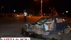 Autoturismul BMW a fost grav avariat în urma producerii accidentului