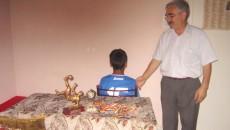 Gheorghe Burticioiu, alături de băieţelul pasionat de fotbal