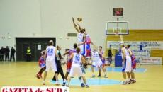 Jucătorii craioveni (în alb) au gânduri mari la prima participare în Liga Balcanică