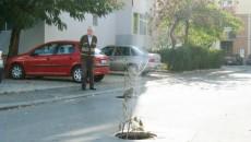 De pe străzile din Craiova capacele de canal se fură des